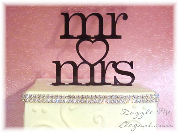 Mr Mrs Heart Cake Topper-black cake topper, mr and mrs cake topper, wedding cake topper, bride and groom cake topper, black topper, bride and groom cake toppers, traditional cake topper, stylish cake topper